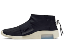 Nike Air Fear Of God Moccasin Blackの写真