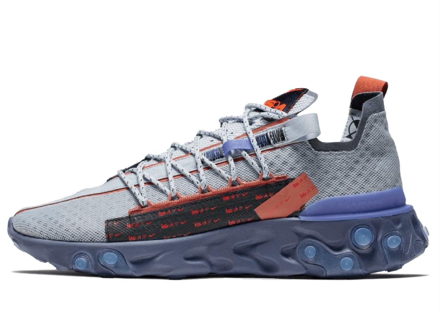 Nike React Runner ISPA Wolf Grey Dusty Peachの写真