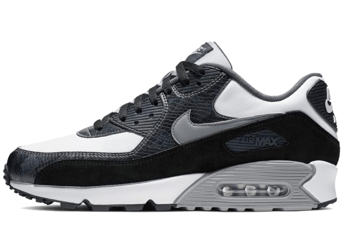 Nike Air Max 90 Pythonの写真