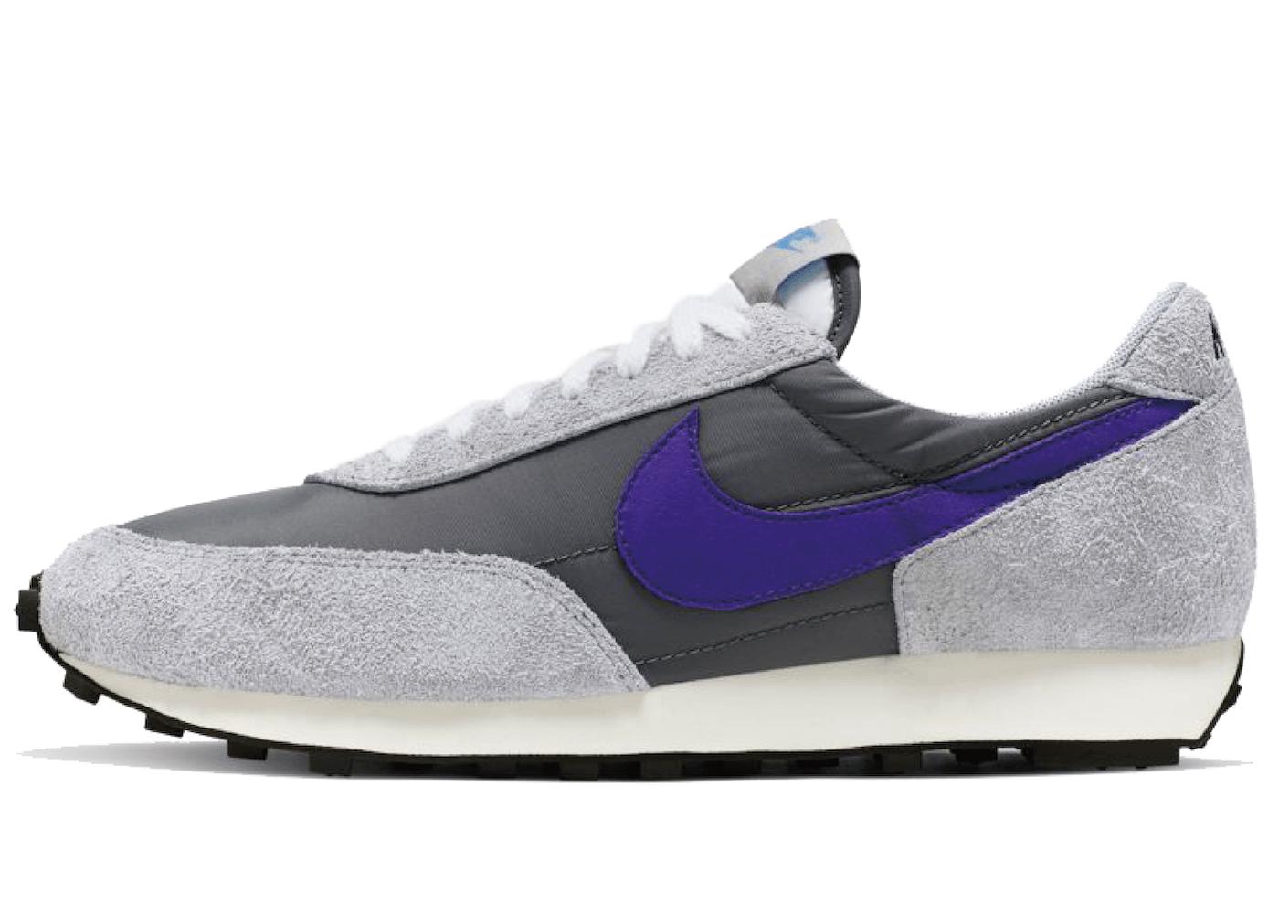 Nike Daybreak Cool Greyの写真