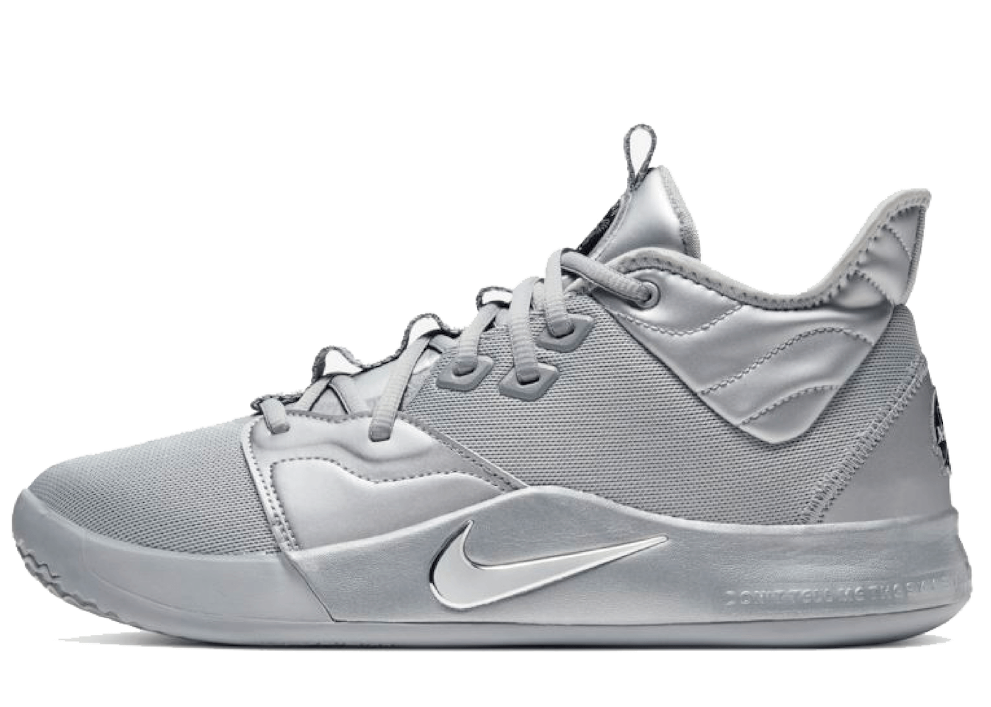 Nike PG 3 NASA 50thの写真