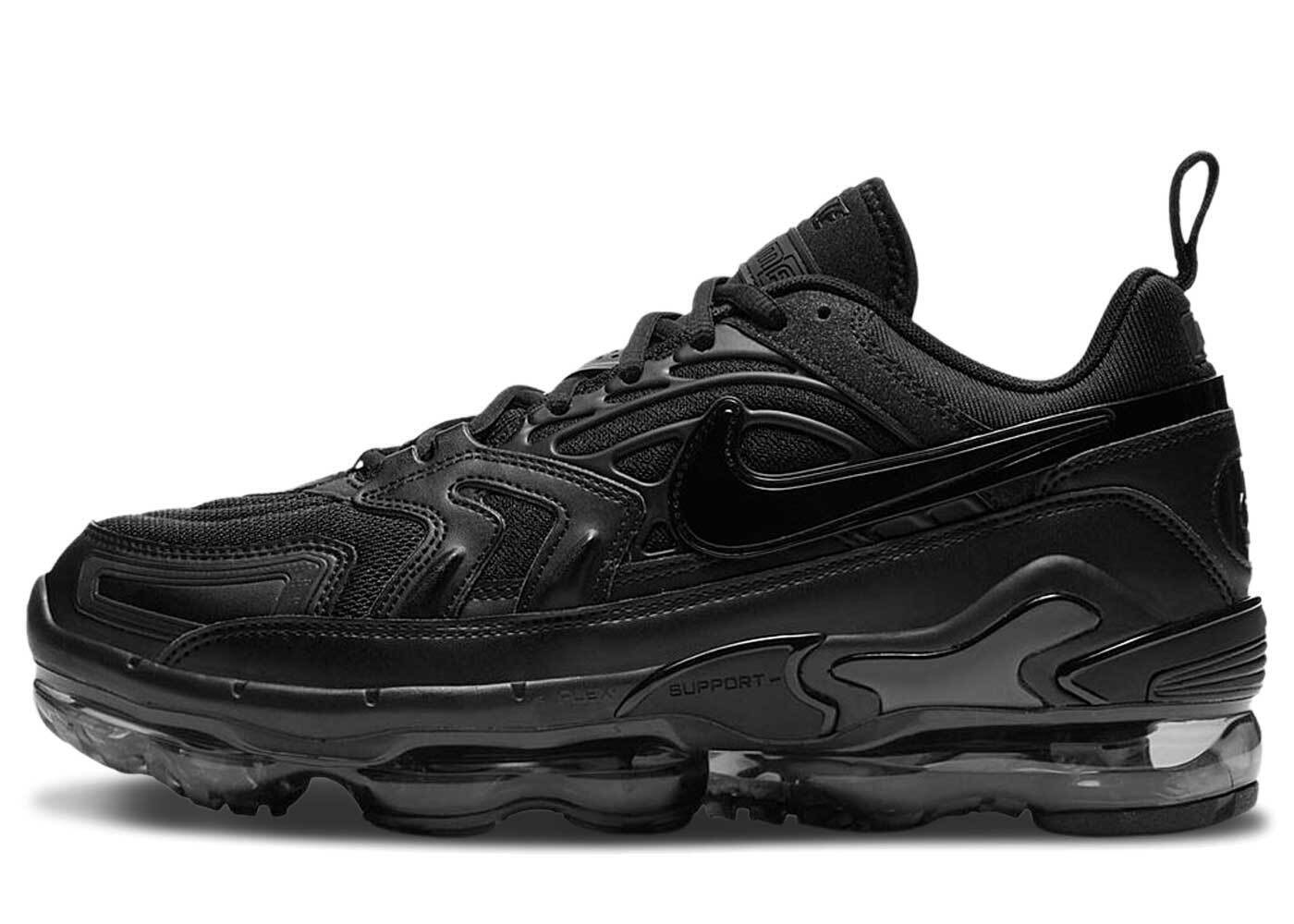 Nike Air Vapormax EVO Blackの写真