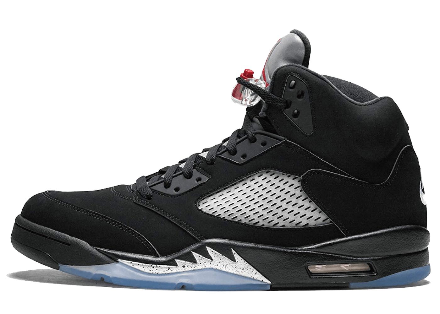 Nike Air Jordan 5 Retro Black Metallic (2016)の写真
