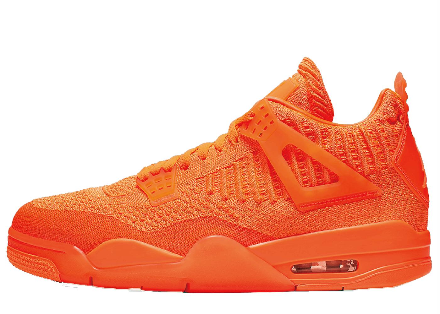 Nike Air Jordan 4 Retro Flyknit Orangeの写真
