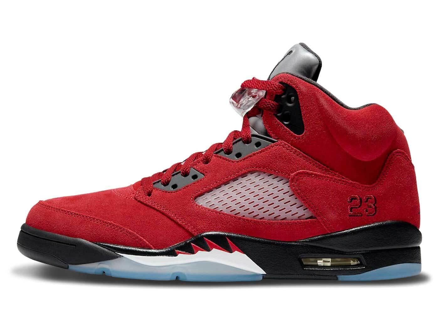 Nike Air Jordan 5 Raging Bull (2021)の写真