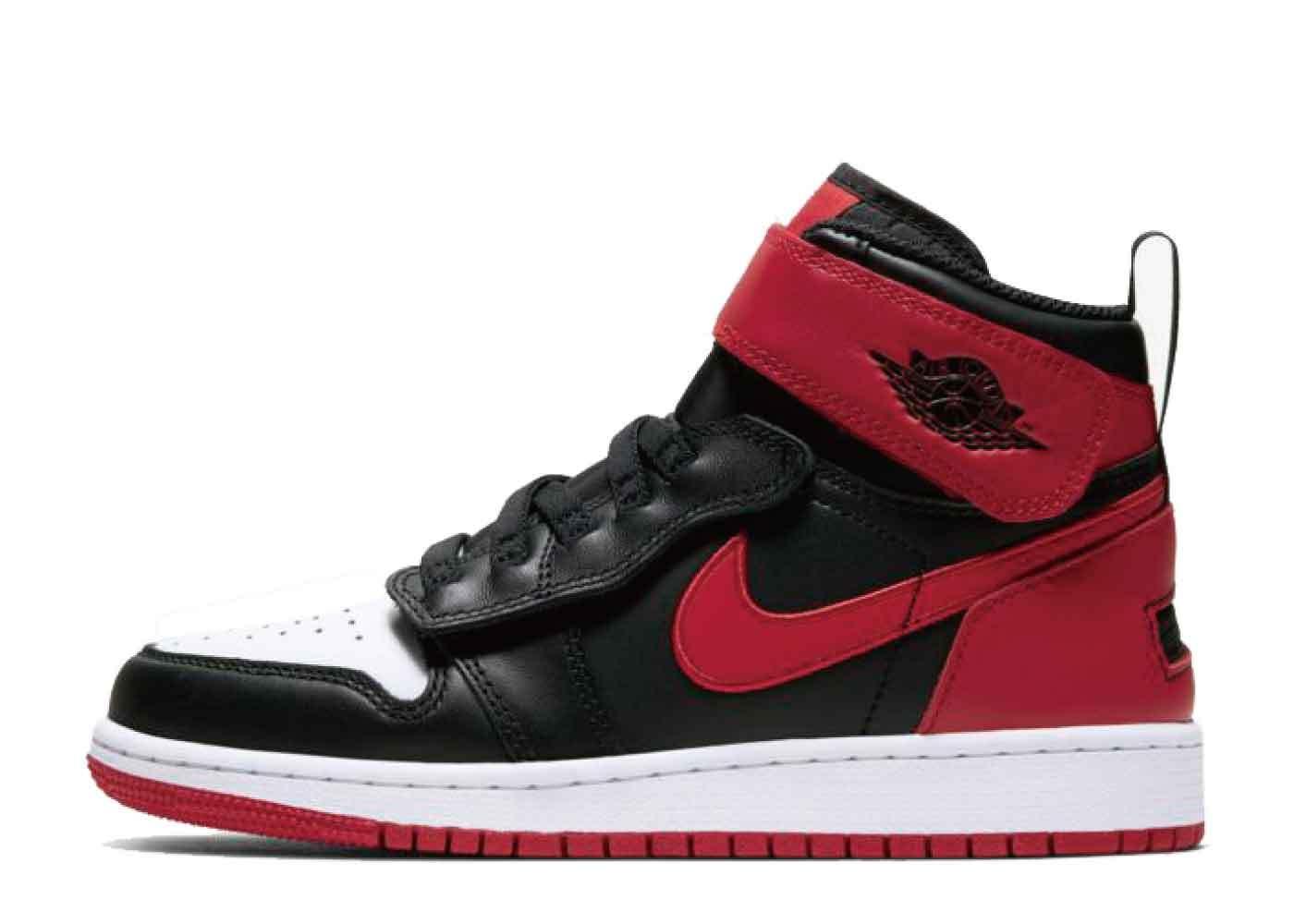 Nike Air Jordan 1 Flyease Bred White Toe (GS)の写真