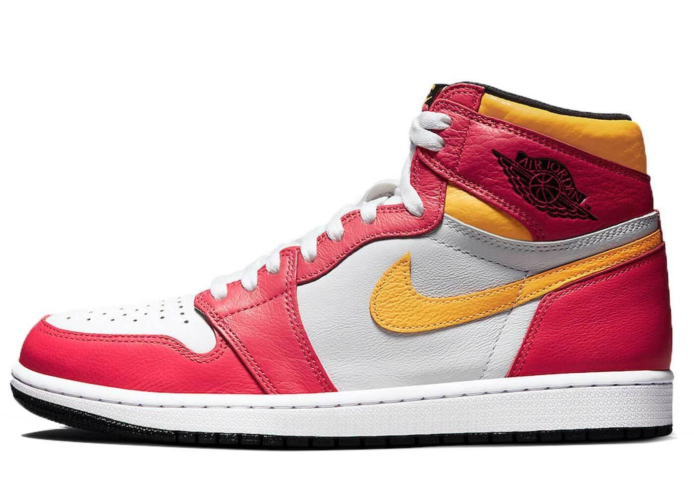 Nike Air Jordan 1 Retro High OG Light Fusion Redの写真