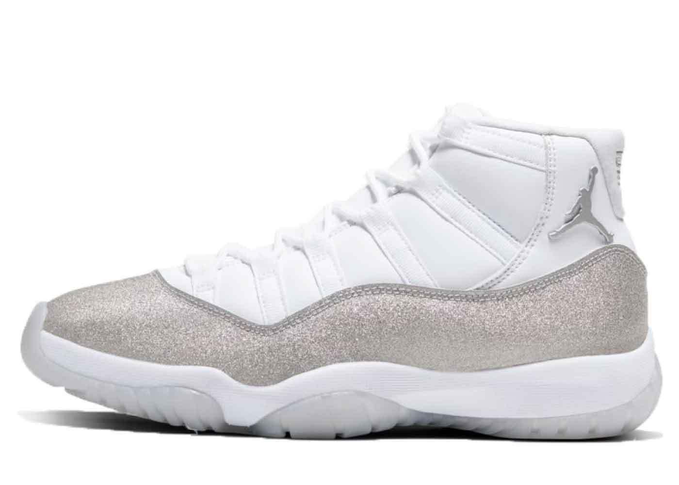 Nike Air Jordan 11 Retro White Metallic Silver Womensの写真