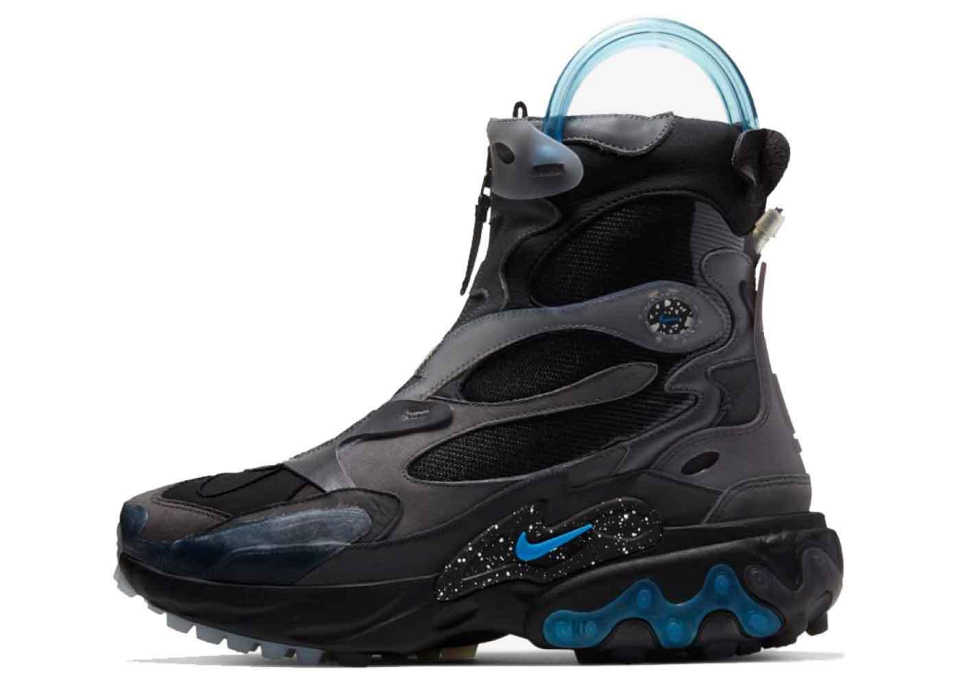 Nike Undercover Black Blue Nebulaの写真