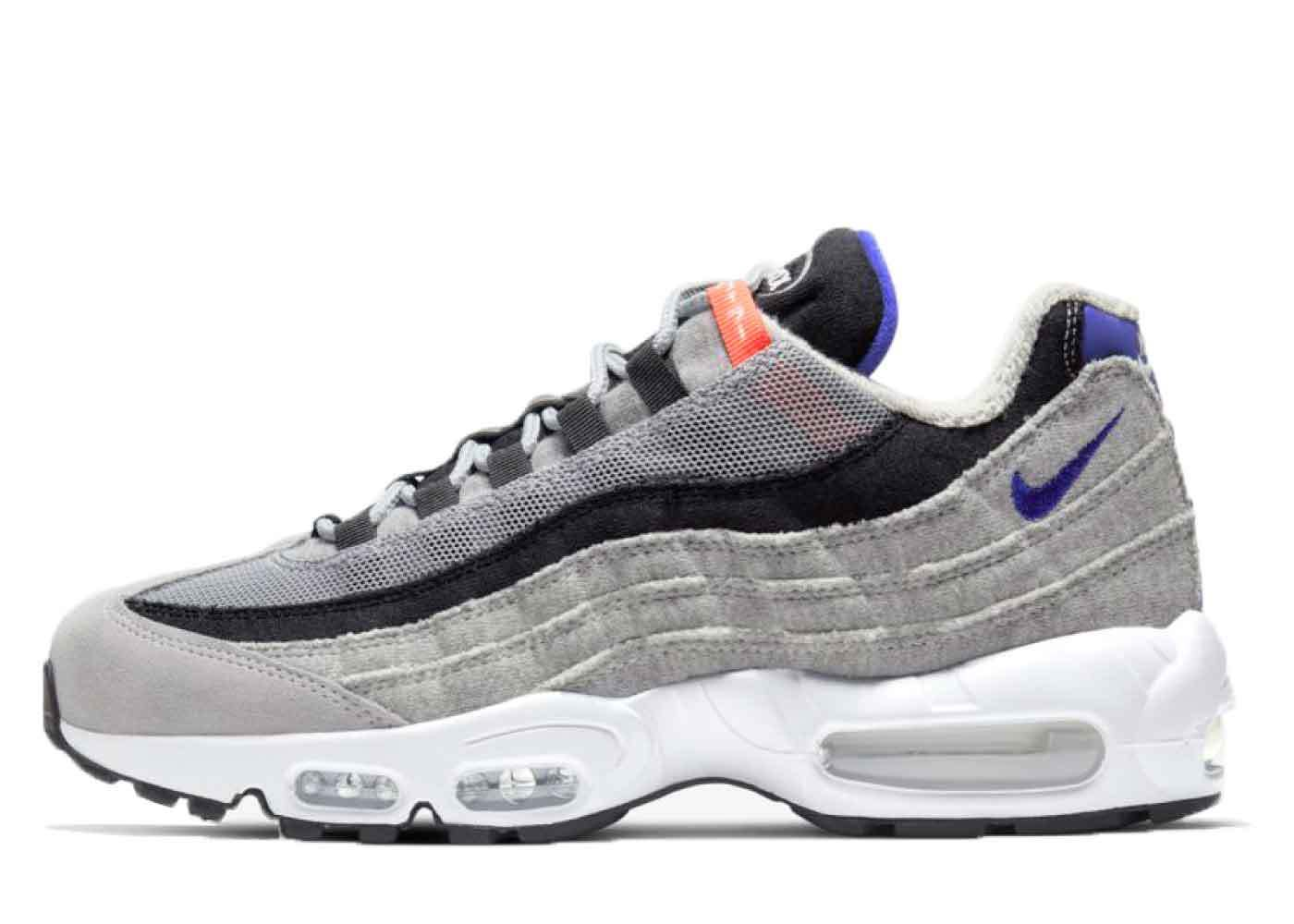 Nike Air Max 95 LoopWeelerの写真