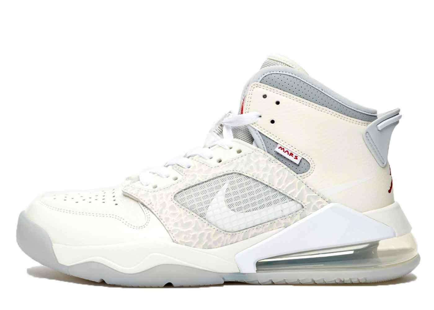 Nike Air Jordan Mars 270 Sneakersnstuff Exclusiveの写真