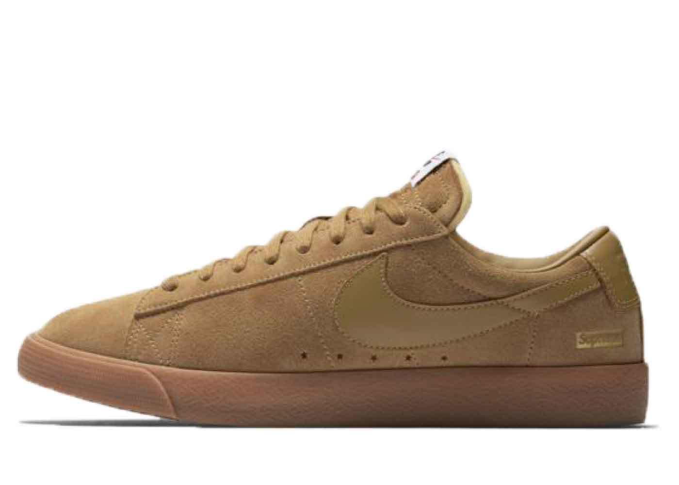 Supreme × Nike SB Blazer Low Tanの写真