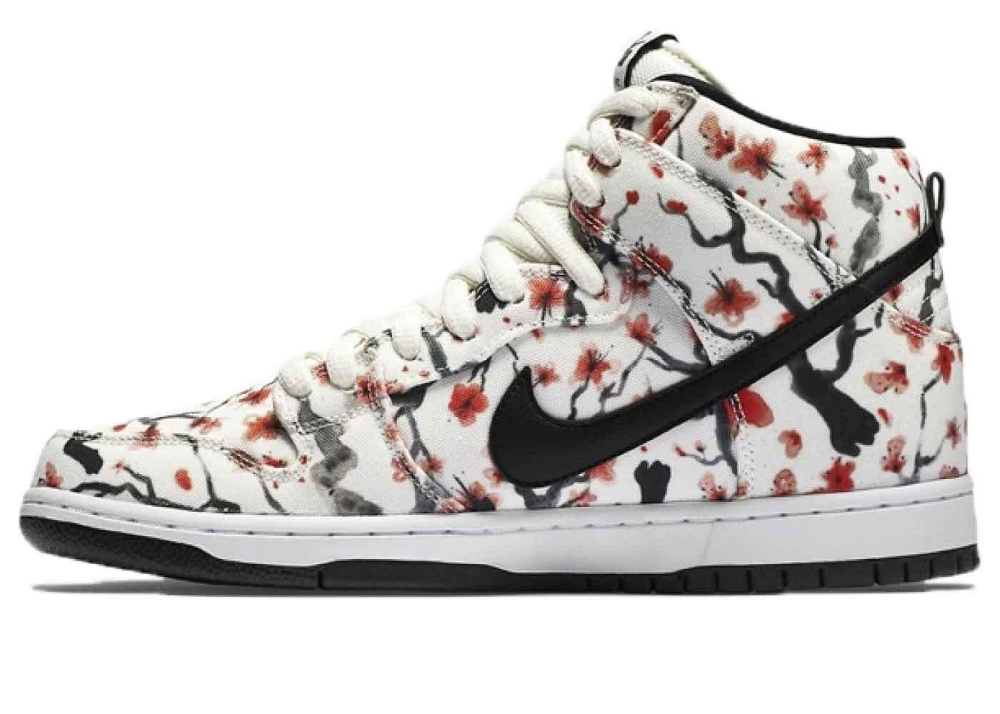 Nike SB Dunk High Cherry Blossomの写真