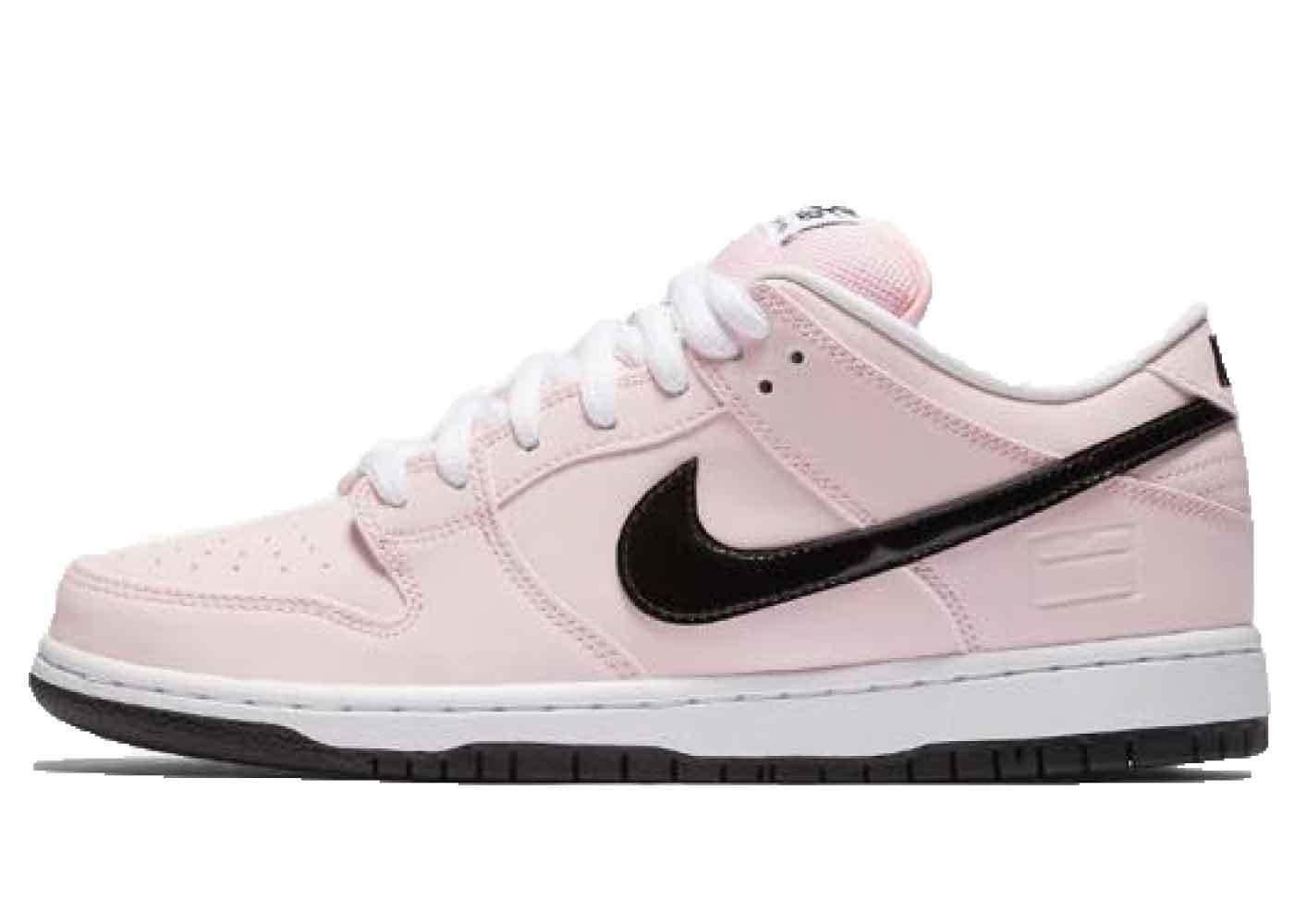 Nike SB Dunk Low Pink Boxの写真