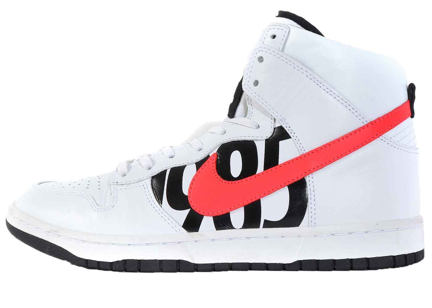 Nike Dunk Lux High Undefeated White Infrared の写真