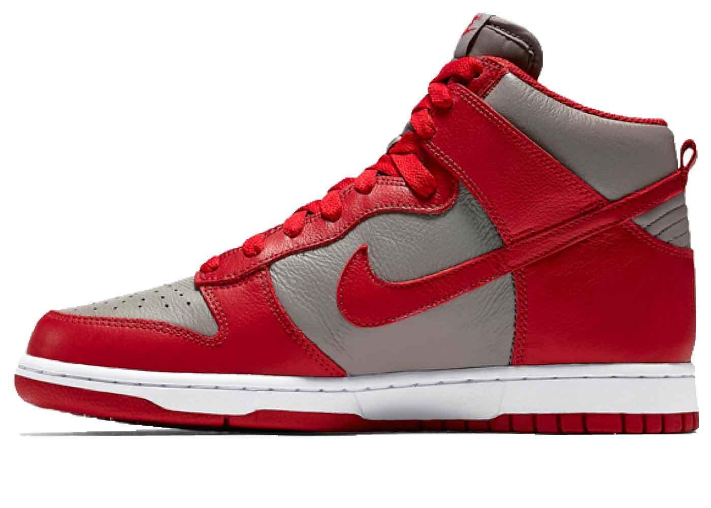 Nike Dunk High UNLVの写真