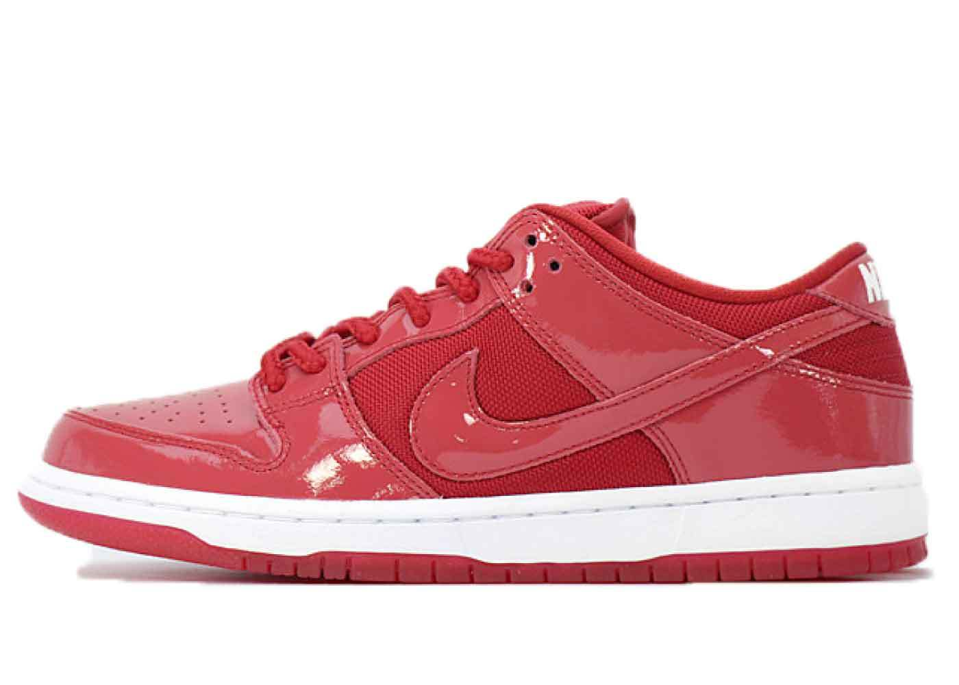 Nike SB Dunk Low Red Patent Leatherの写真