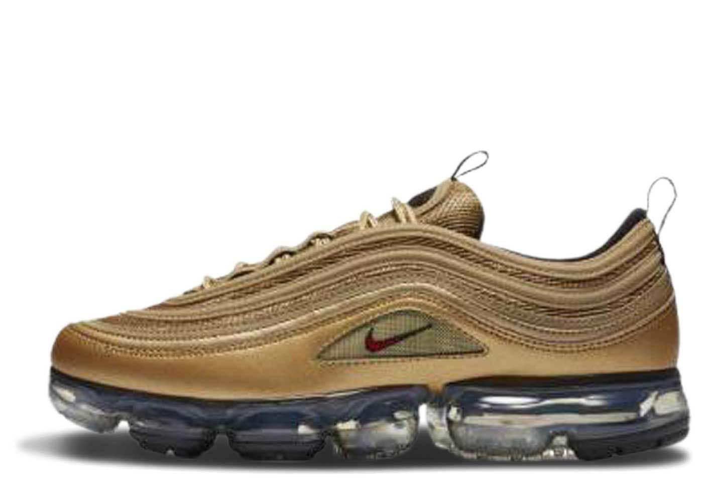 Nike Air VaporMax 97 Metallic Gold GSの写真