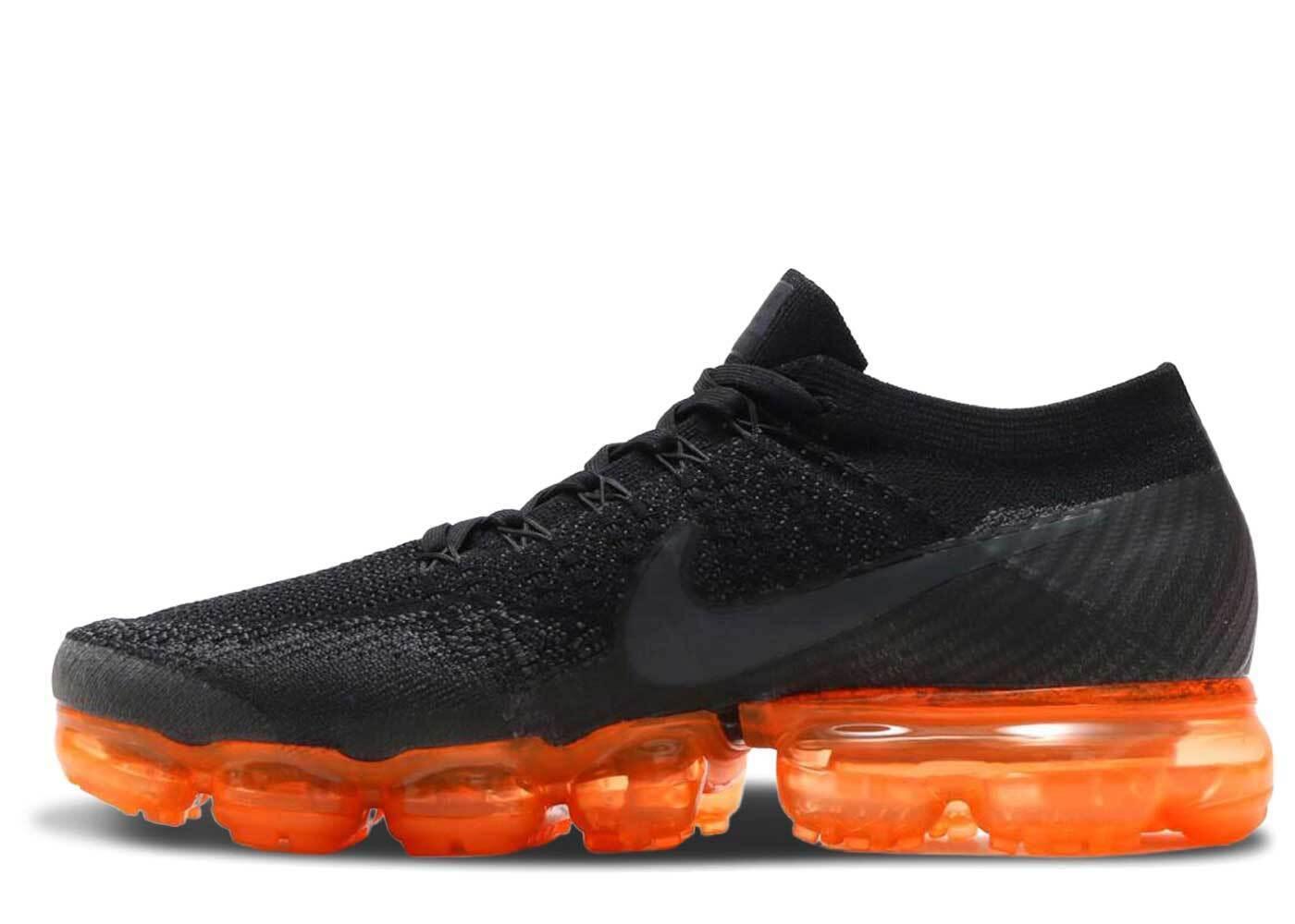 Nike Air VaporMax Black Orangeの写真