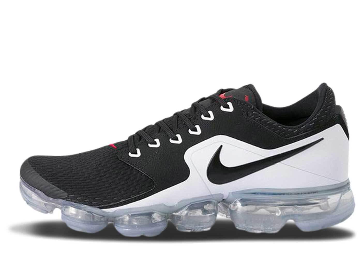 Nike Air VaporMax CS Black Whiteの写真
