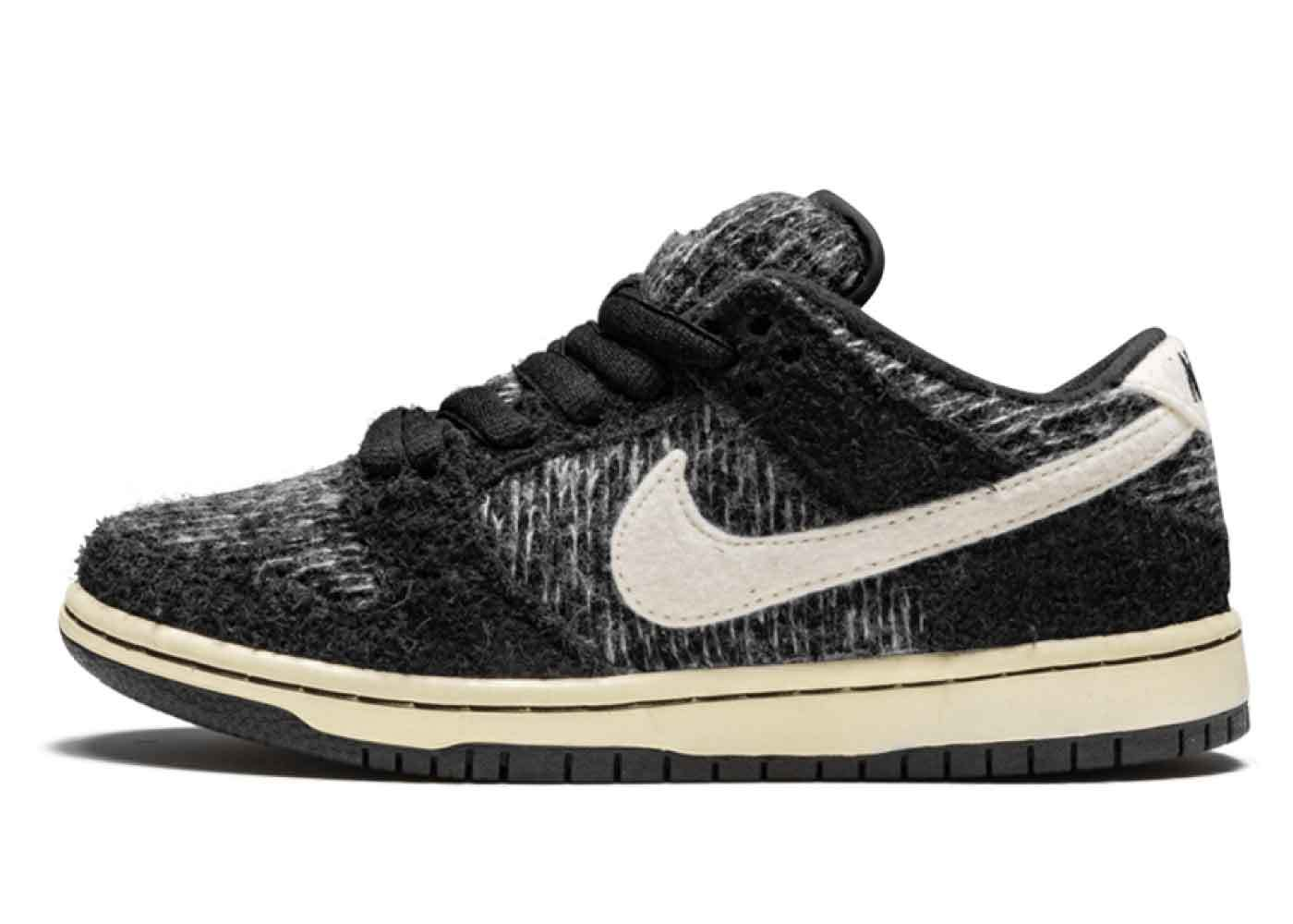 Nike Dunk Low Warmth Packの写真