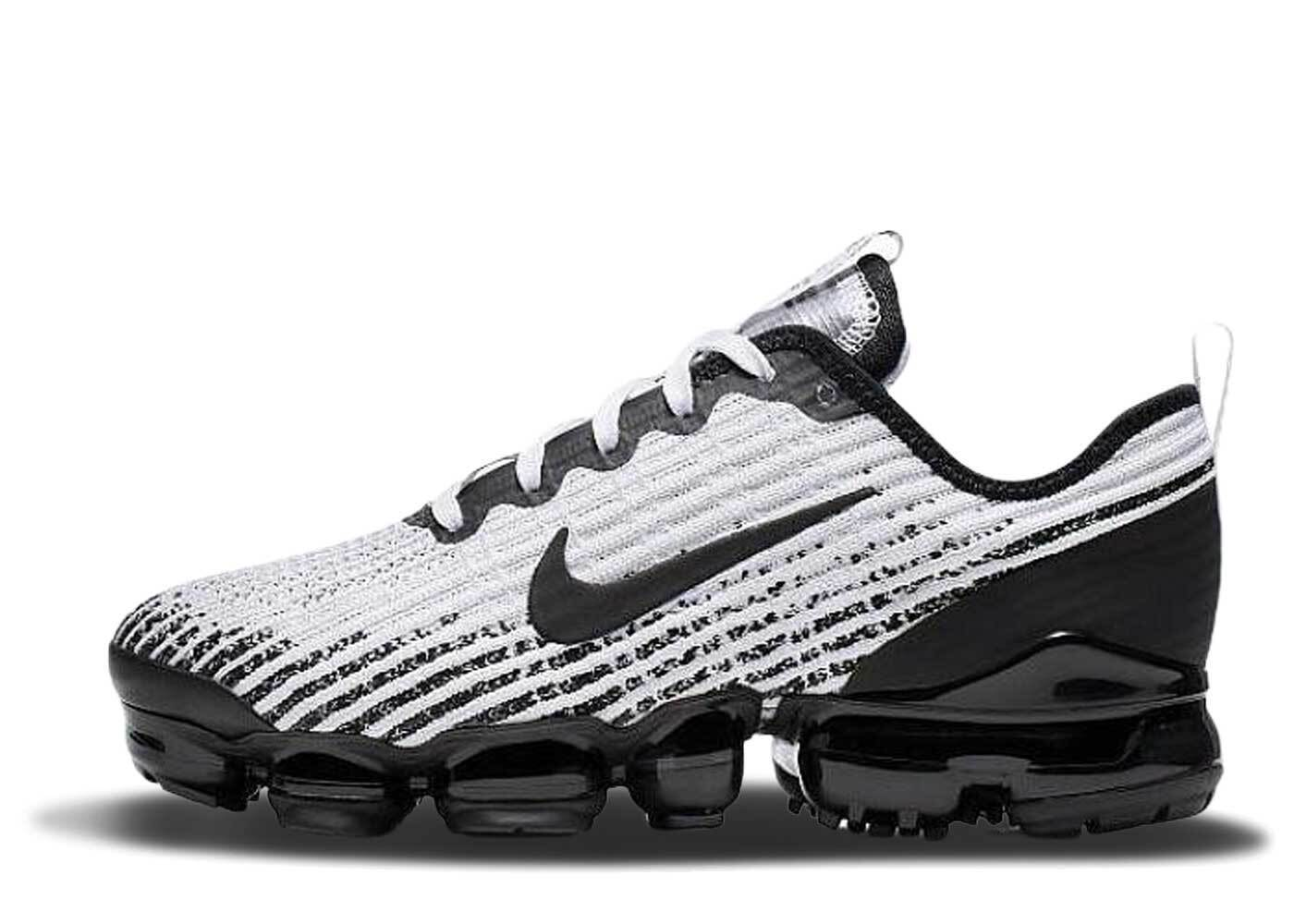 Nike Air VaporMax Flyknit 3 Particle Grey GSの写真