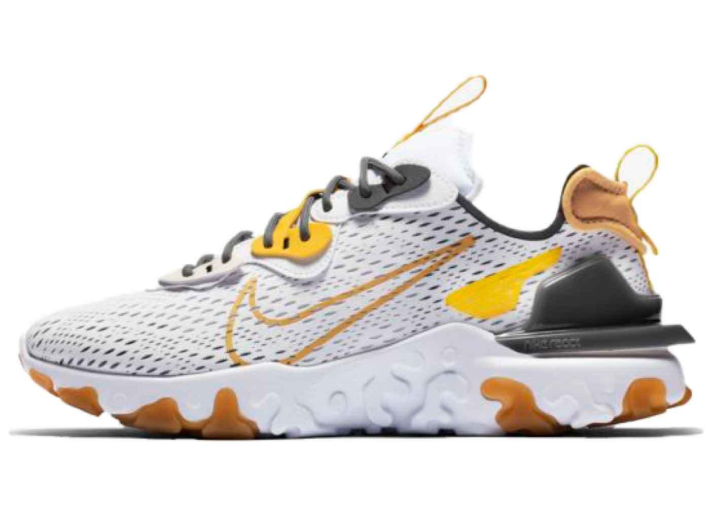 Nike React Vision Honeycombの写真
