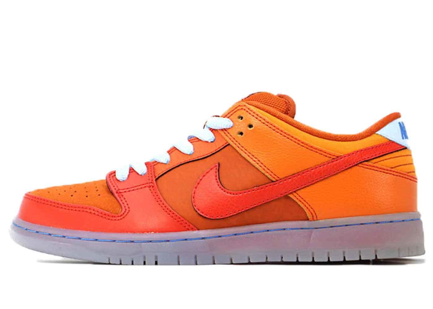 Nike Dunk SB Low Gamma Orangeの写真