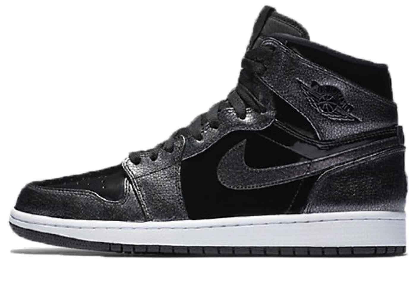 Nike Air Jordan 1 Retro Black Patentの写真