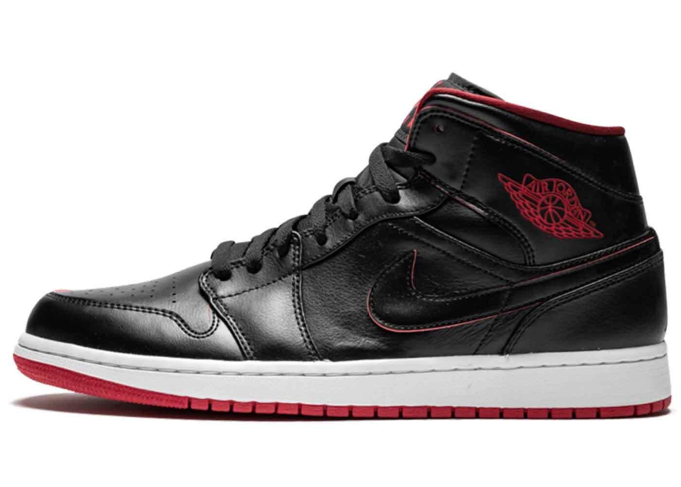 Nike Air Jordan 1 Retro Mid Black Red Whiteの写真