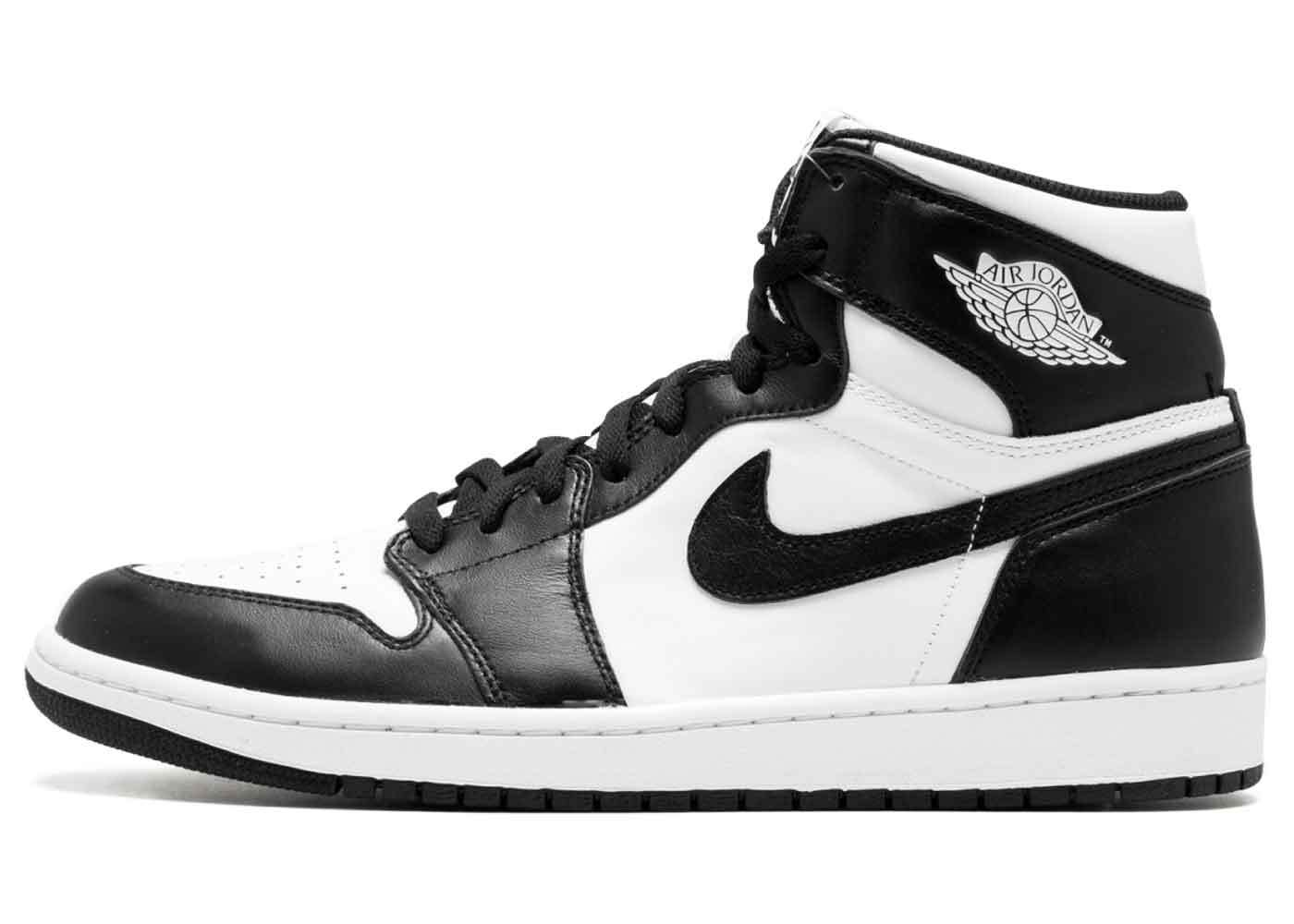 Nike Air Jordan 1 Retro Black Whiteの写真