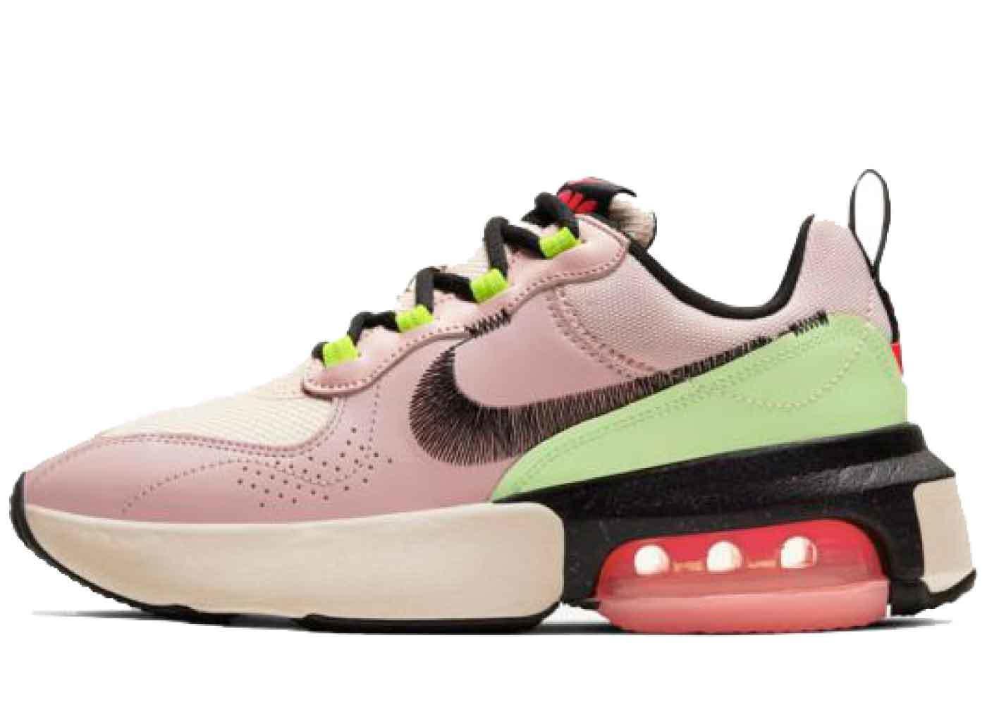 Nike Air Max Verona Womensの写真
