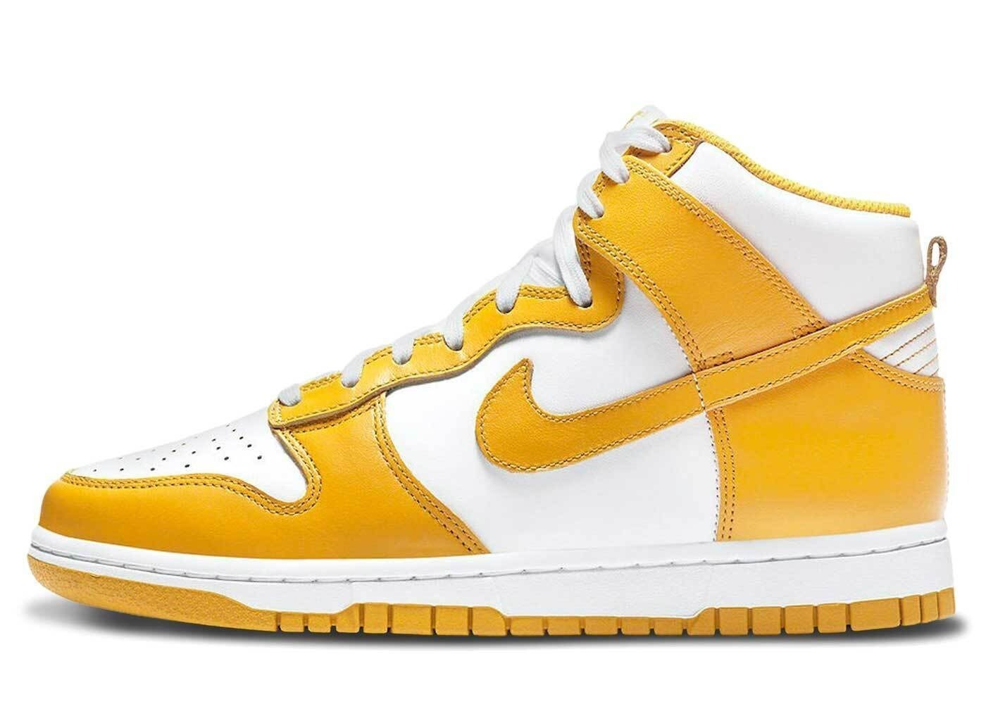 Nike Dunk High Dark Sulfur Womensの写真
