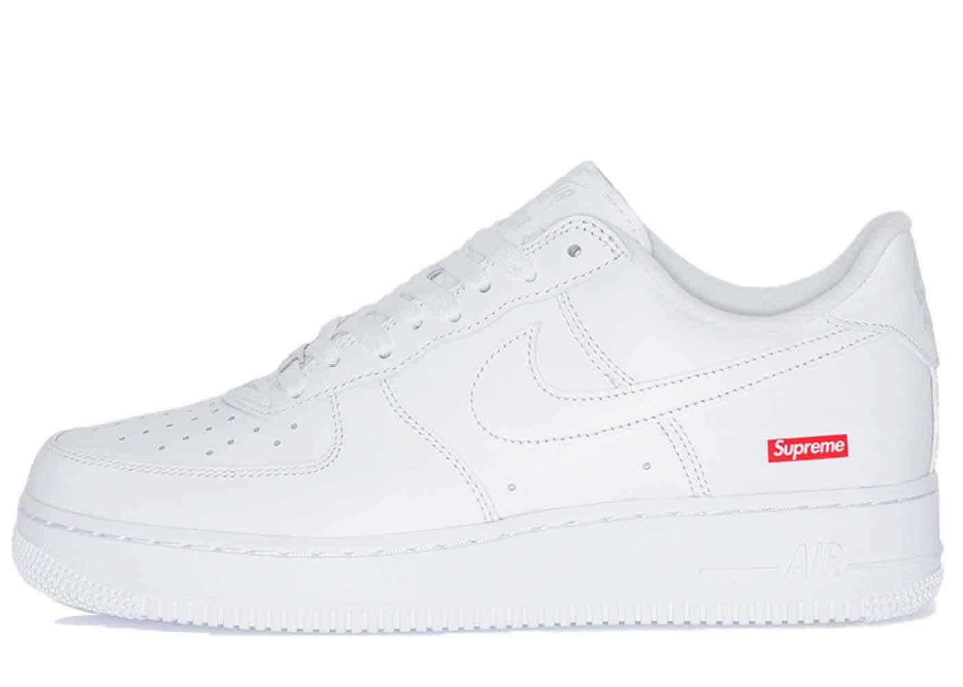 Nike Air Force 1 Low Supreme Whiteの写真