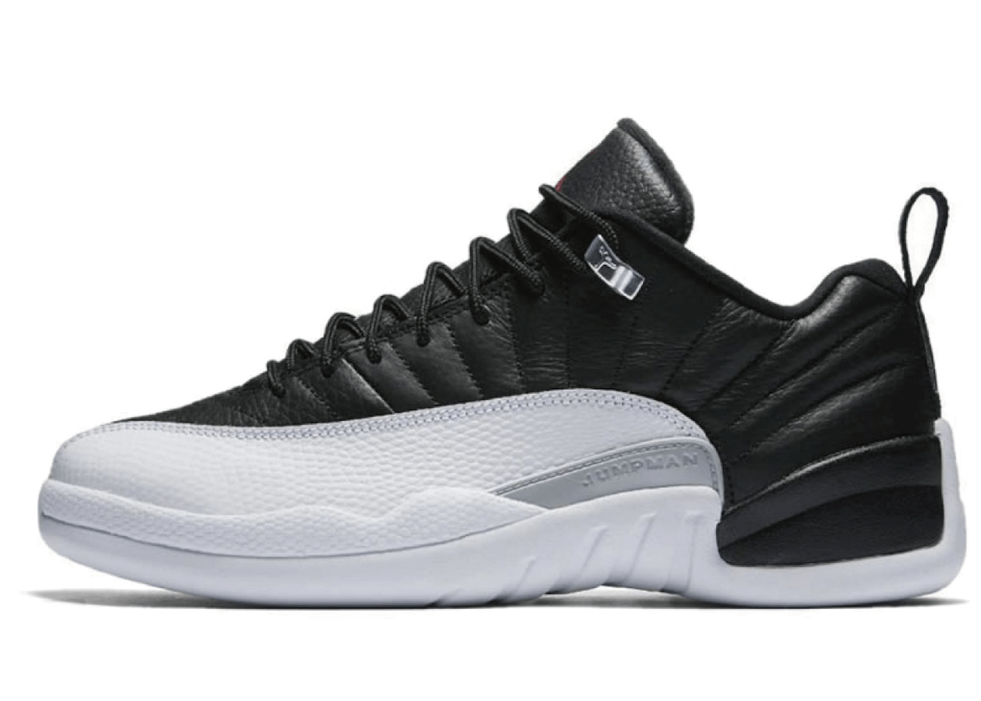 Jordan 12 Retro Low Playoffsの写真
