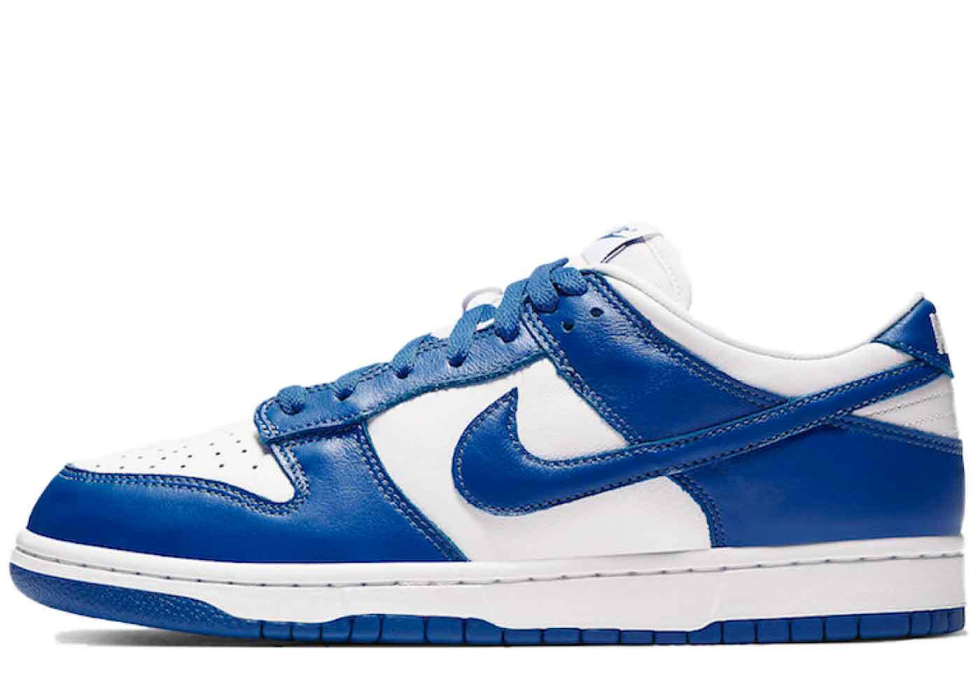 Nike Dunk Low Kentuckyの写真