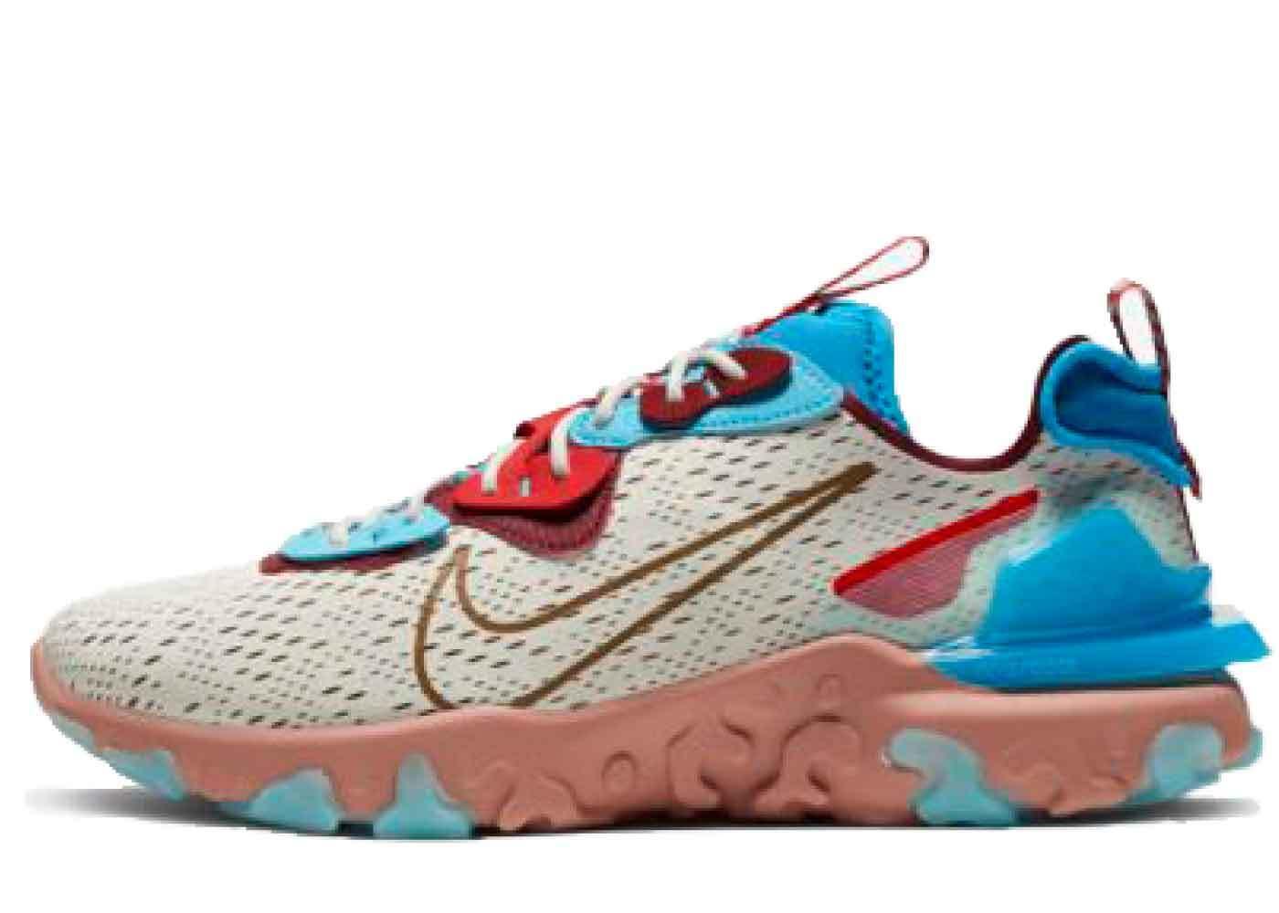 Nike React Vision Desert Oasisの写真