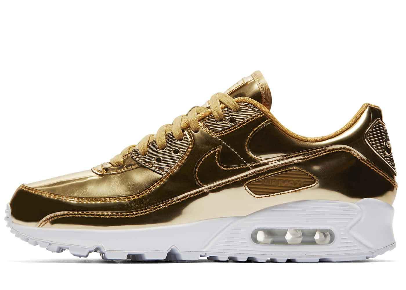 Nike Air Max 90 Metallic Gold Womensの写真
