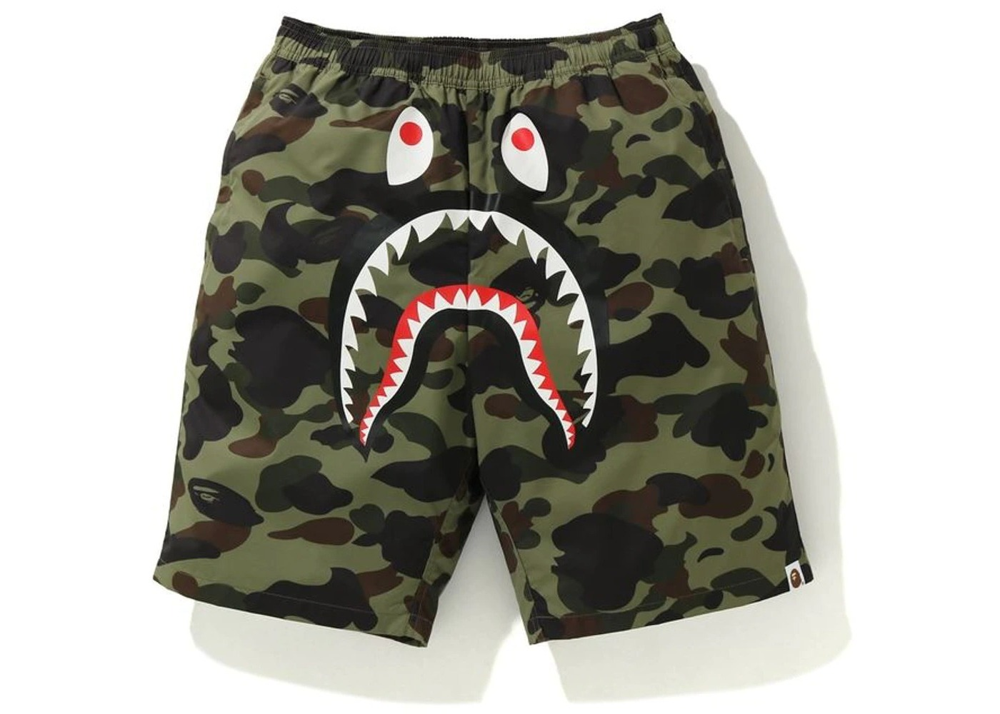 Bape 1st Camo Shark Beach Pants Green (FW20)の写真