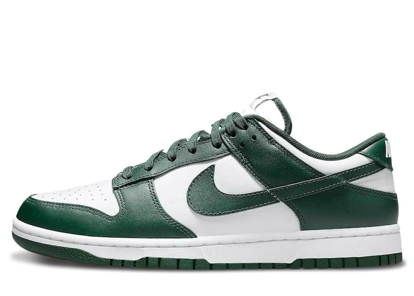 Nike Dunk Low Team Greenの写真