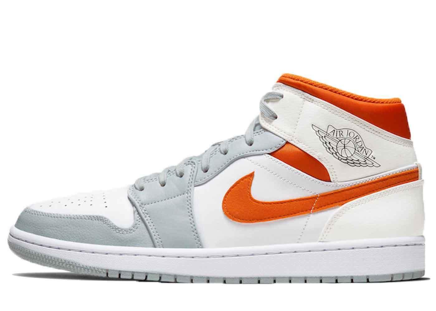 Nike Air Jordan 1 Mid Starfishの写真