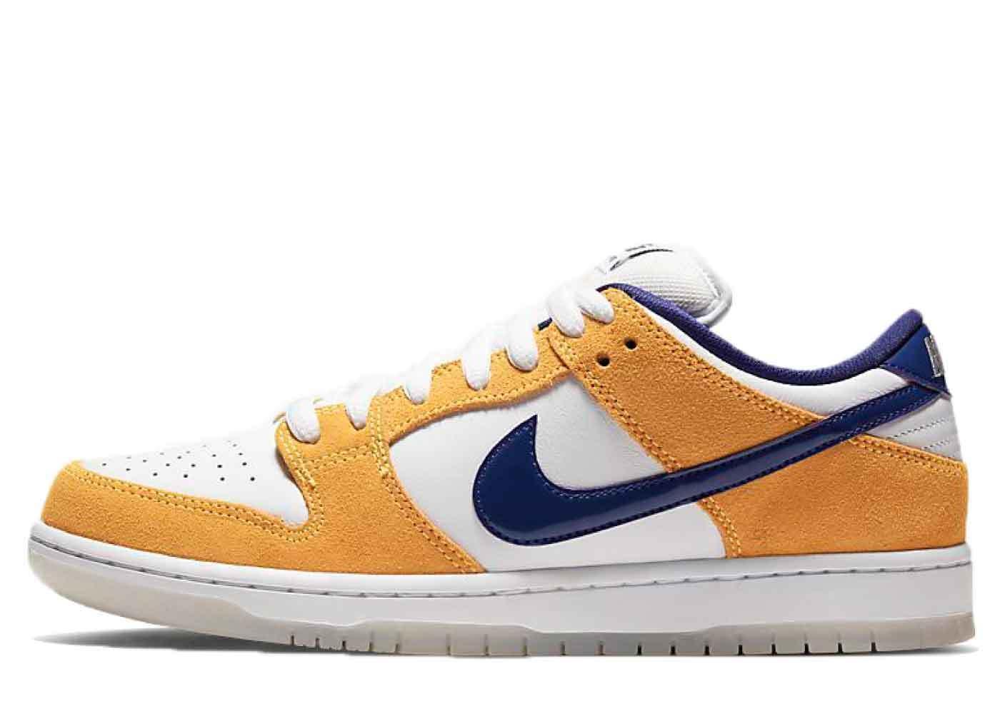 Nike SB Dunk Low Laser Orangeの写真