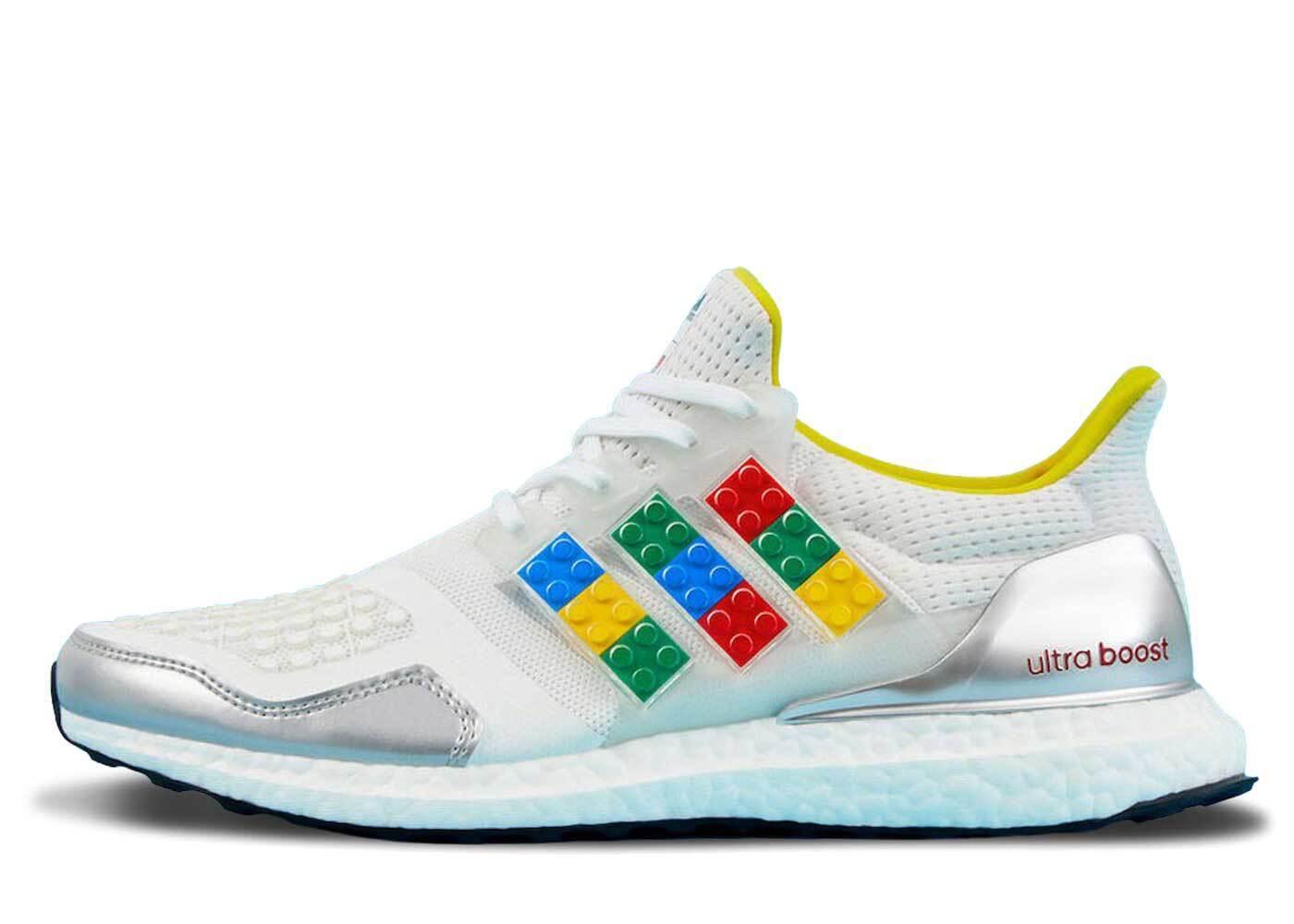 LEGO × adidas Ultra Boost DNAの写真