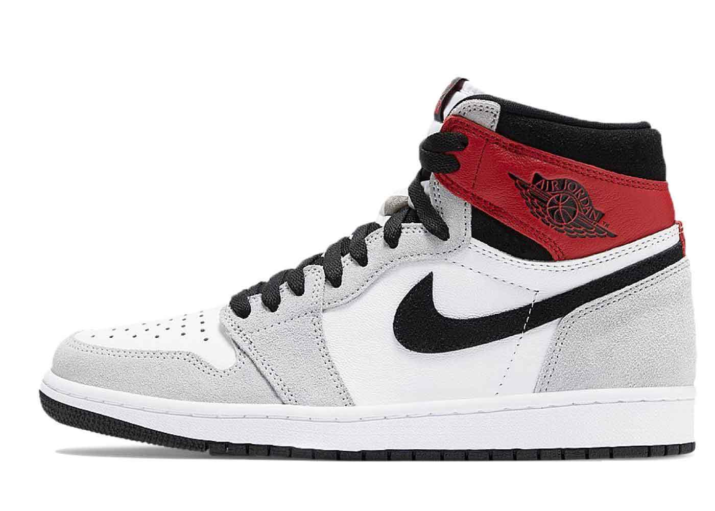 Nike Air Jordan 1 Retro High OG Light Smoke Greyの写真