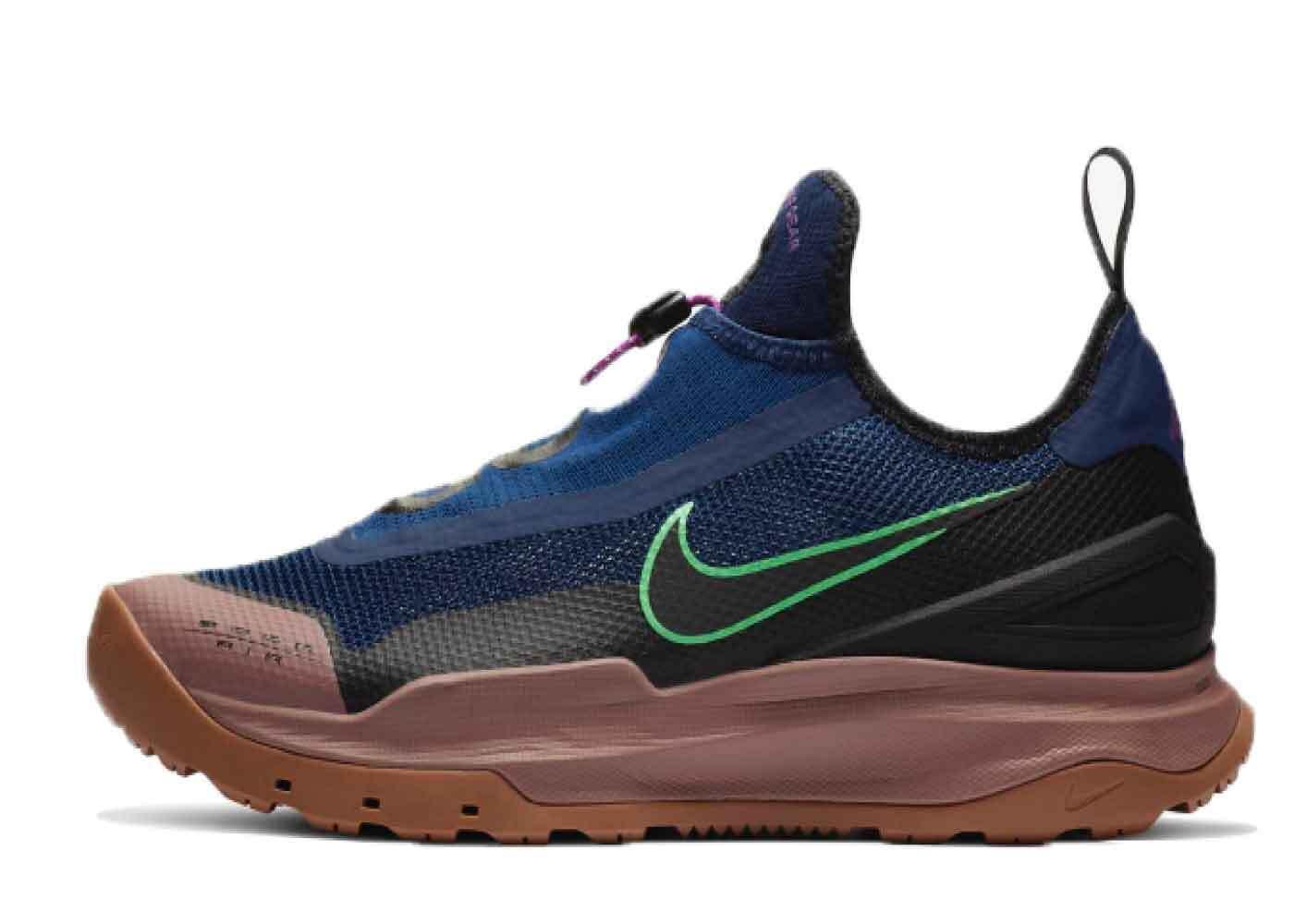 Nike ACG Zoom Air AO Blue Voidの写真