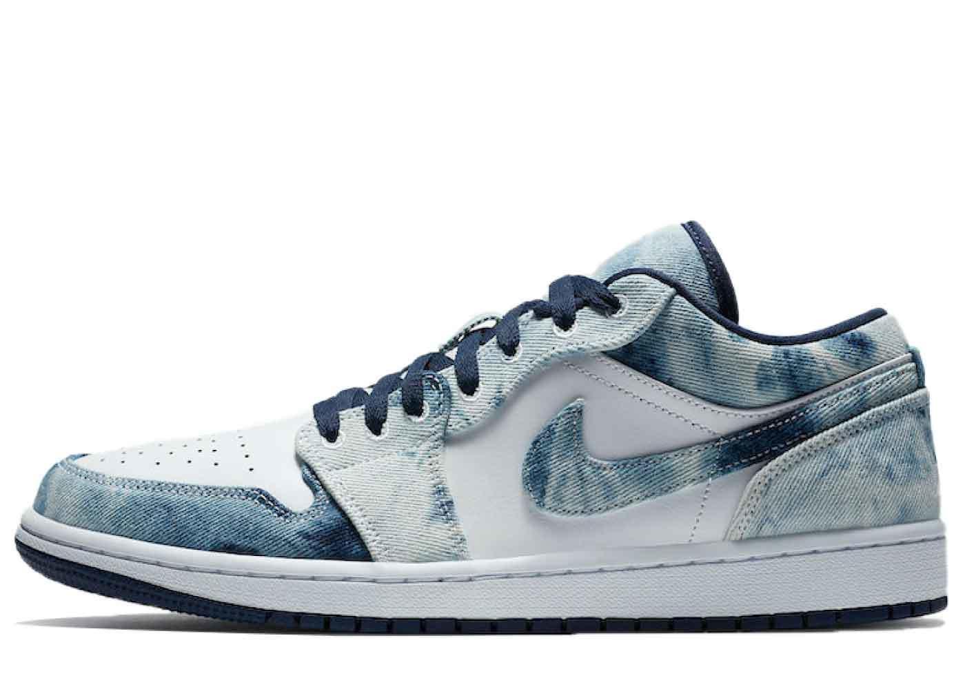 Nike Air Jordan 1 Low Washed Denimの写真