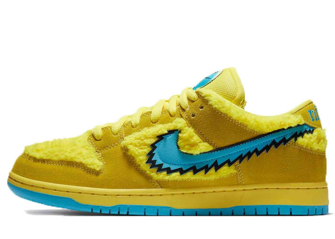 Grateful Dead x Nike SB Dunk Low Yellow Bearの写真