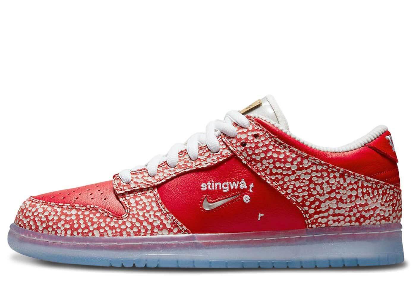 Stingwater × Nike SB Dunk Low Magic Mushroomの写真