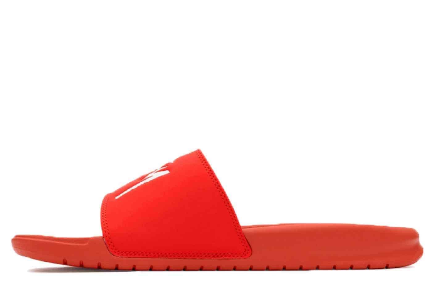Stussy × Nike Benassi Slide Sandal Redの写真