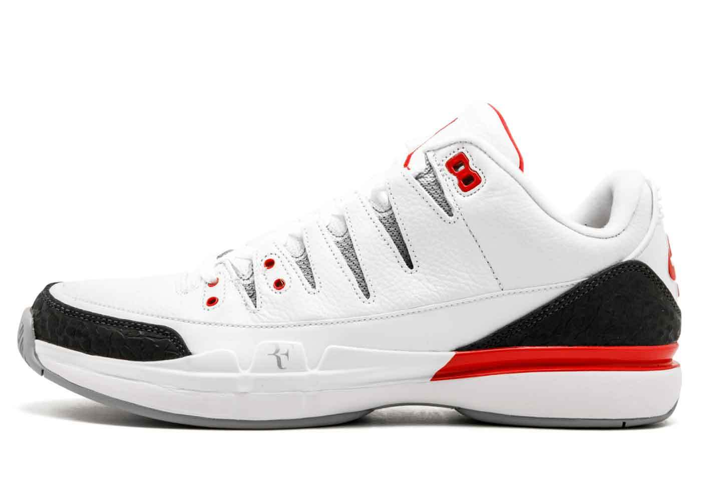 Nike Zoom Vapor AJ3 Fire Redの写真